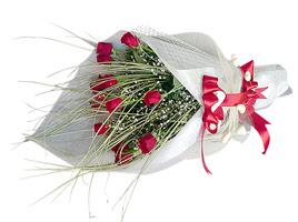Sinop anneler günü çiçek yolla  11 adet kirmizi gül buketi