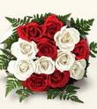 Sinop çiçekçiler  10 adet kirmizi beyaz güller - anneler günü için ideal seçimdir -