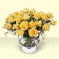 Sinop çiçek siparişi sitesi  11 adet sari gül cam yada mika vazo içinde