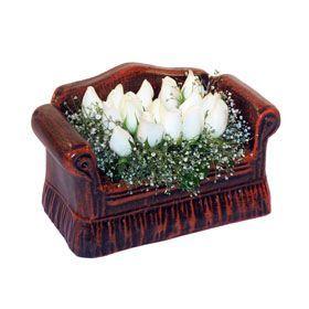 seramik içerisinde 11 gül  Sinop çiçek siparişi vermek