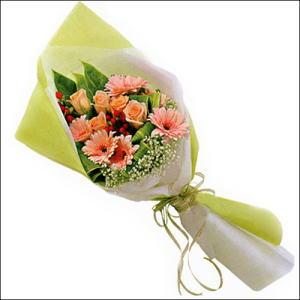 sade güllü buket demeti  Sinop online çiçek gönderme sipariş