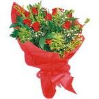 10 adet kirmizi gül buketi  Sinop hediye çiçek yolla