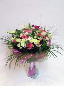 Sinop çiçek siparişi vermek  karisik mevsim buketi mevsime göre hazirlanir.