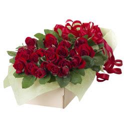 19 adet kirmizi gül buketi  Sinop çiçek yolla