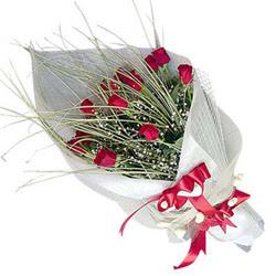 Sinop çiçek gönderme  11 adet kirmizi gül buket- Her gönderim için ideal
