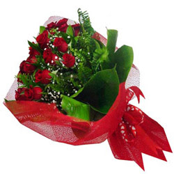 Sinop çiçek gönderme sitemiz güvenlidir  12 adet kirmizi essiz gül buketi - SEVENE ÖZEL