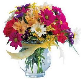 Sinop cicekciler , cicek siparisi  cam yada mika içerisinde karisik mevsim çiçekleri