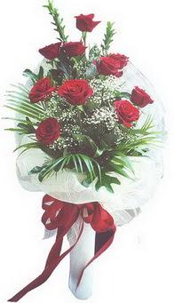 Sinop çiçek siparişi vermek  10 adet kirmizi gülden buket tanzimi özel anlara