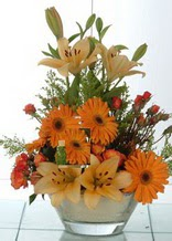 Sinop çiçek yolla , çiçek gönder , çiçekçi   cam yada mika vazo içinde karisik mevsim çiçekleri