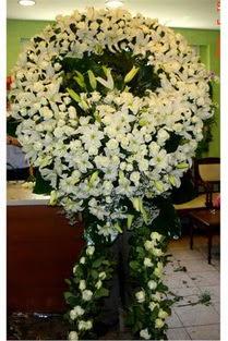 Cenaze çelenk , cenaze çiçekleri , çelengi  Sinop internetten çiçek satışı