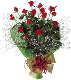 11 adet kirmizi gül buketi özel hediyelik  Sinop online çiçek gönderme sipariş