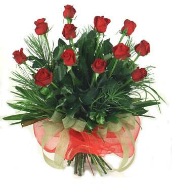 Çiçek yolla 12 adet kirmizi gül buketi  Sinop çiçek yolla