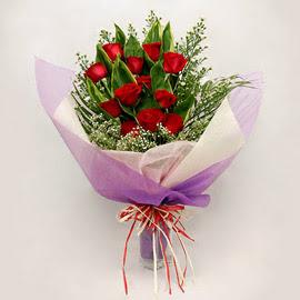 çiçekçi dükkanindan 11 adet gül buket  Sinop online çiçek gönderme sipariş