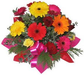 Karisik mevsim çiçeklerinden buket  Sinop yurtiçi ve yurtdışı çiçek siparişi