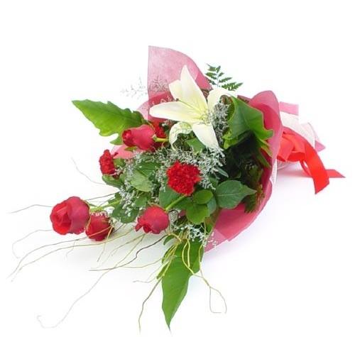 Mevsim çiçeklerinden karisik buket  Sinop çiçek online çiçek siparişi