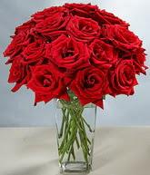 Sinop online çiçek gönderme sipariş  cam vazoda 11 kirmizi gül  Sinop yurtiçi ve yurtdışı çiçek siparişi
