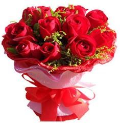 9 adet kirmizi güllerden kipkirmizi buket  Sinop uluslararası çiçek gönderme