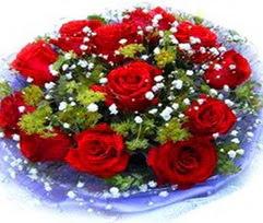 9 adet kirmizi güllerden buket  Sinop çiçek siparişi sitesi