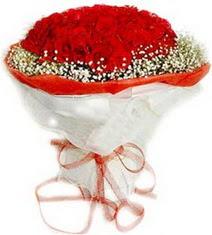 Sinop uluslararası çiçek gönderme  41 adet kirmizi gül buketi
