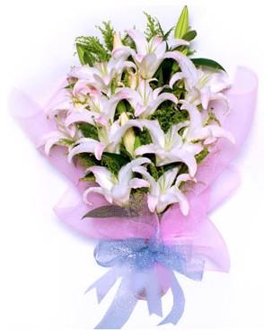 5 dal kazablankadan muhteşem buket  Sinop çiçek siparişi vermek