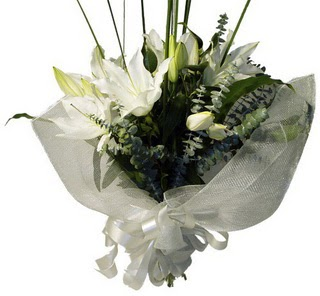 Sinop online çiçek gönderme sipariş  2 dal kazablanka çiçek buketi