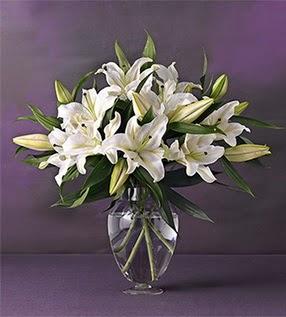 Sinop çiçek , çiçekçi , çiçekçilik  4 dal cazablanca vazo çiçeği