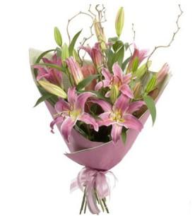 Sinop çiçek , çiçekçi , çiçekçilik  3 dal cazablanca buket çiçeği