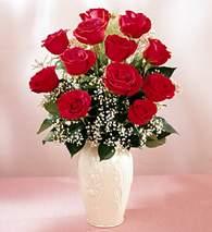 Sinop online çiçek gönderme sipariş  9 adet vazoda özel tanzim kirmizi gül