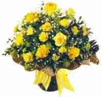 Sinop çiçekçiler  Sari gül karanfil ve kir çiçekleri