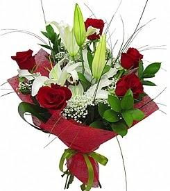 1 dal kazablanka 5 kırmızı gül buketi  Sinop çiçek gönderme sitemiz güvenlidir