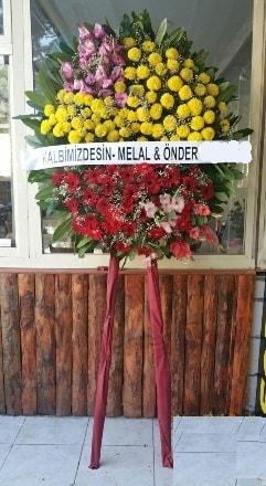 Sinop güvenli kaliteli hızlı çiçek  Cenaze çiçek modeli