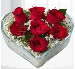 Kalp içerisinde 7 adet kırmızı gül  Sinop çiçek yolla , çiçek gönder , çiçekçi