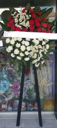 Cenaze çiçeği cenaze çiçek modelleri  Sinop cicek , cicekci