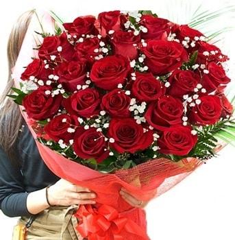 Kız isteme çiçeği buketi 33 adet kırmızı gül  Sinop ucuz çiçek gönder