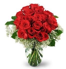 25 adet kırmızı gül cam vazoda  Sinop çiçekçiler