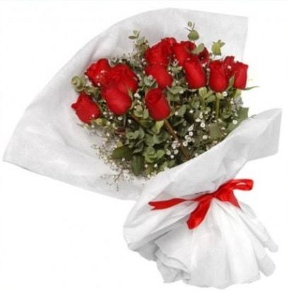 9 adet kırmızı gül buketi  Sinop online çiçek gönderme sipariş
