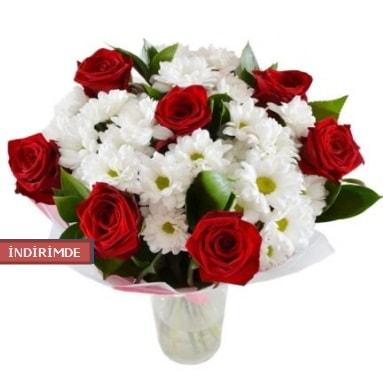 7 kırmızı gül ve 1 demet krizantem  Sinop ucuz çiçek gönder