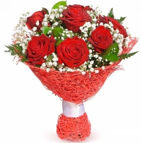 7 adet kırmızı gül buketi  Sinop uluslararası çiçek gönderme